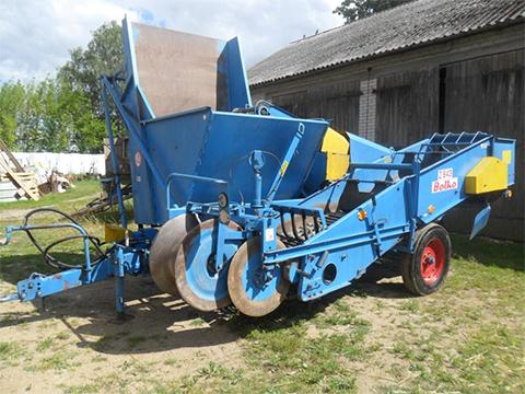 Прицепной однорядный картофелеуборочный комбайн  Boko Z-643